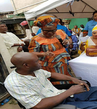 AbikeAde Foundation donates Wheel Chairs to the physically challenged people at Isolo Lagos, 2016.